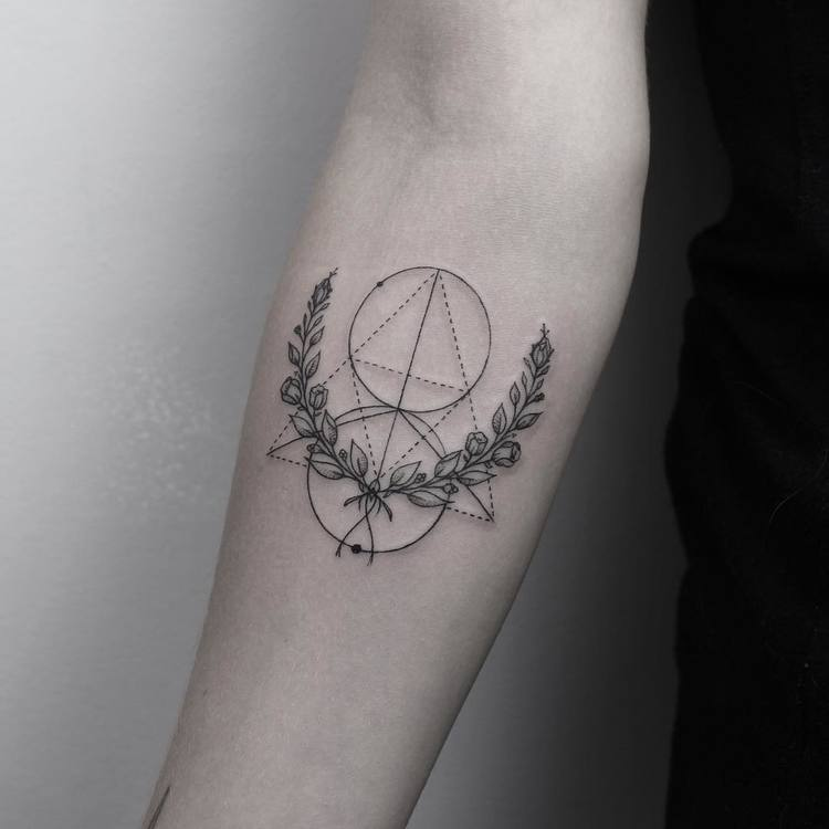 Laurel Wreath Tattoo and Geometric Elements by emrahozhan