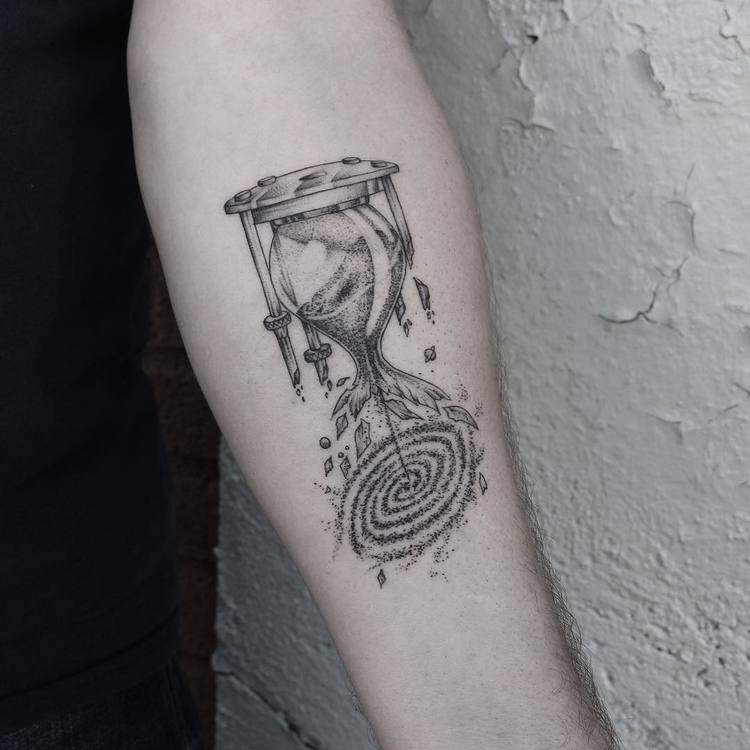 Abstract Hourglass Tattoo