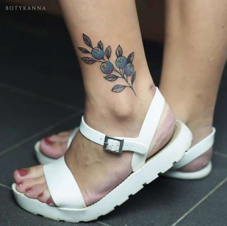 24 gorgeous botanical tattoos by anna botyk page 2 of 2 tattooadore. Black Bedroom Furniture Sets. Home Design Ideas