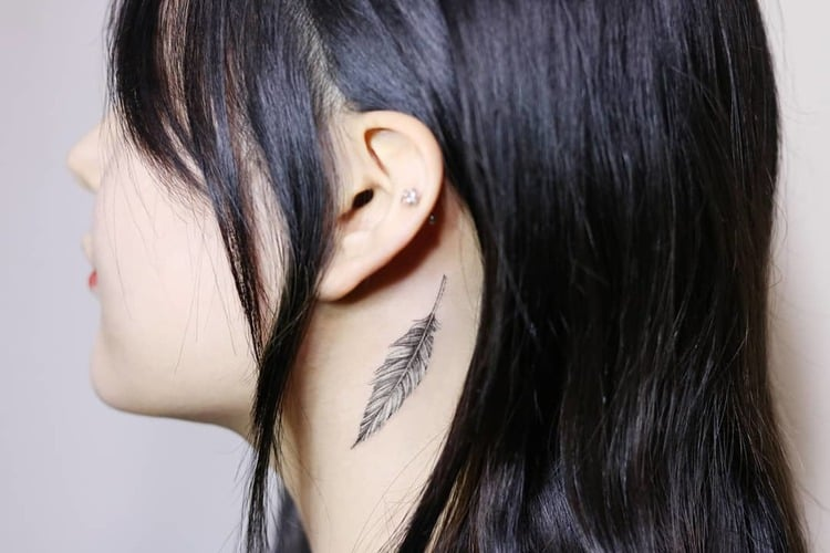 Feather Tattoo by tattooist_ty