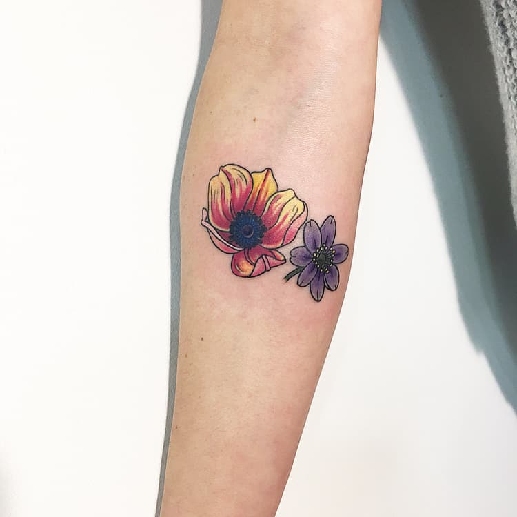 Anemone Tattoo by muk.tatouage