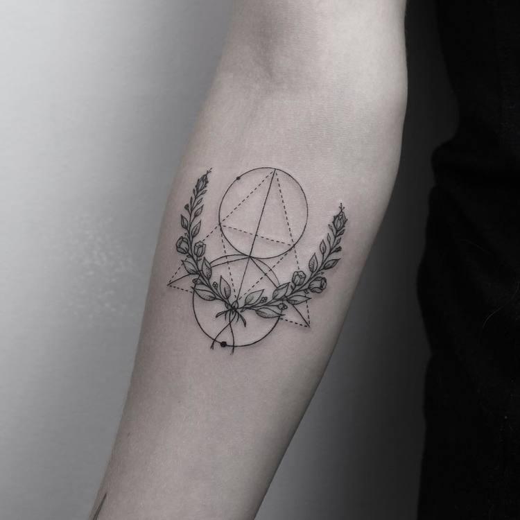 Laurel Wreath Tattoo and Geometric Elements by emrahozhan