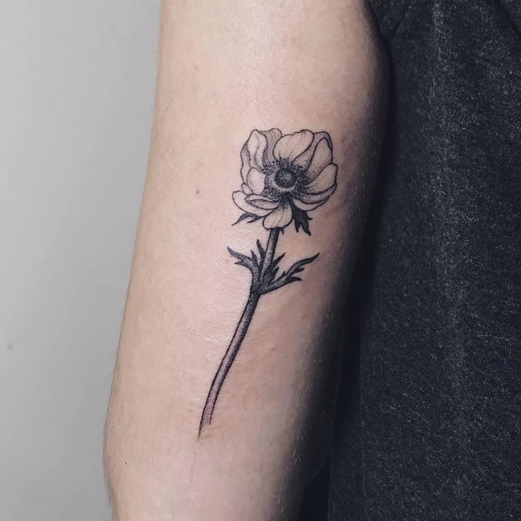 Anemone Tattoo by lipatovalyona